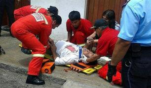 Hombre salvó de morir tras caer del segundo piso de su vivienda en Trujillo