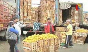 Recuperan espacios tomados por ambulantes en Mercado de Frutas