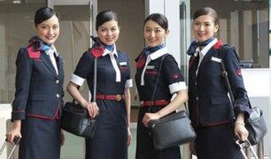 Corea de Sur: capacitan aeromozas contra pasajeros violentos