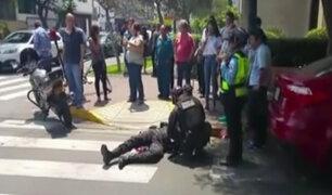 San Isidro: policía motorizado sufre accidente durante persecución