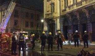 Plaza Dos de Mayo: casona es declarada inhabitable tras incendio