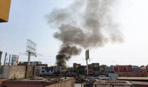 Pueblo Libre: incendio consumió taller de motos en Av. La Marina