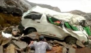 Huaraz: al menos 8 personas muertas tras despiste de combi