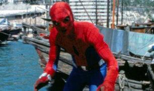 No creerás que así se veían antes tus superhéroes favoritos del cine y la TV [FOTOS]