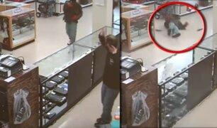 EEUU: dueño de tienda de armas mata a ladrón