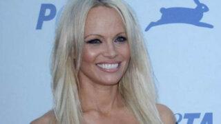 FOTOS: Sexy Pamela Anderson sorprende a admiradores con nuevo rostro