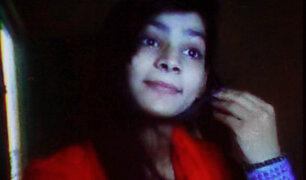Sentencian a muerte a mujer que quemó viva a su hija en Pakistán
