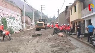 Ejército dispuso 300 militares y maquinaria pesada tras caída de huaicos