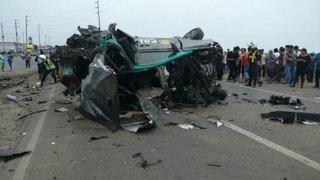 Tragedia en Chancay: dos policías mueren tras choque de patrullero y camión