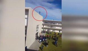 México: estudiante salvó a su compañero de lanzarse del cuarto piso