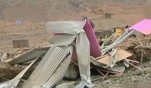 Jicamarca: huaico dejó graves daños en decenas de viviendas