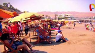 Barranco: lotizan playa 'Los Yuyos' con sombrillas y perezosas