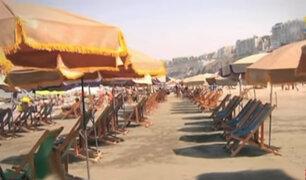 """Aseguran que comerciantes que alquilan sombrillas en playa """"Los Yuyos"""" cuentan con autorización municipal"""