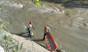 Mujer se suicida arrojándose al río, descubrió que su novio era casado