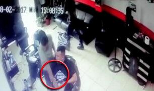 San juan de Lurigancho: se registra violento asalto en barbería