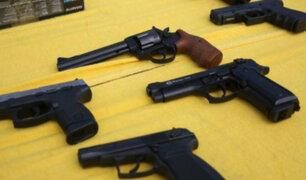 ¿Qué tan complicado es comprar armas en el país?, especialista responde interrogante