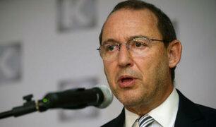 Piden renuncia de José Chlimper por sus vínculos con Graña y Montero