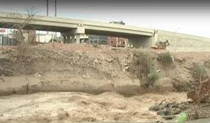 Río Rímac amenaza estructuras de construcciones levantadas en las riberas