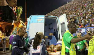 Brasil: 12 heridos tras desplomarse carroza en Carnaval