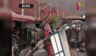 Los Olivos: continúan vehículos abandonados en exteriores de comisaría