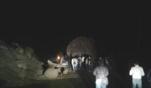 Caída de roca sobre bus deja cuatro muertos en la Carretera Central