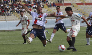 Universitario vs. Municipal: 'merengues' buscan primer triunfo en Torneo Verano