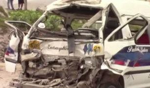 VMT: accidente vehicular deja 15 personas heridas