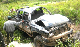 Piura: caída de camioneta a abismo deja un muerto