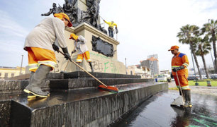 Municipalidad de Lima: denunciarán a autores de pintas en Plaza Bolognesi