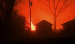 EEUU: tornados e incendios afectan a miles de personas