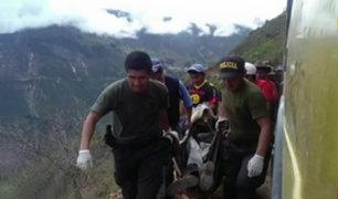 Investigan causas de accidente que dejó 18 muertos en Áncash