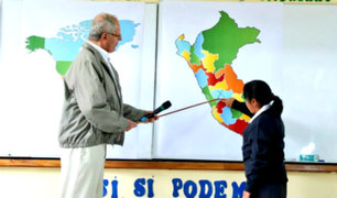 PPK dio inicio al año escolar en Huancayo y dictó clase de geografía