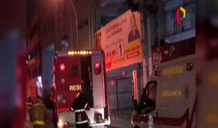 Cercado: pánico por incendio en edificio de jr. Caylloma