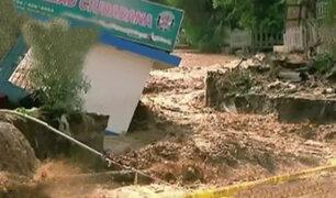 SJL: huaico inundó varias cuadras de avenida Malecón Checa