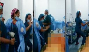 Colombia: indignación por video de enfermeras bailando junto a paciente