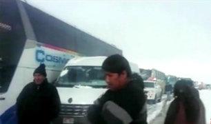Arequipa: nevada sorprendió a transportistas del sector de Imata