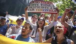 Diputados venezolanos sesionarán en la calle tras cierre del Congreso