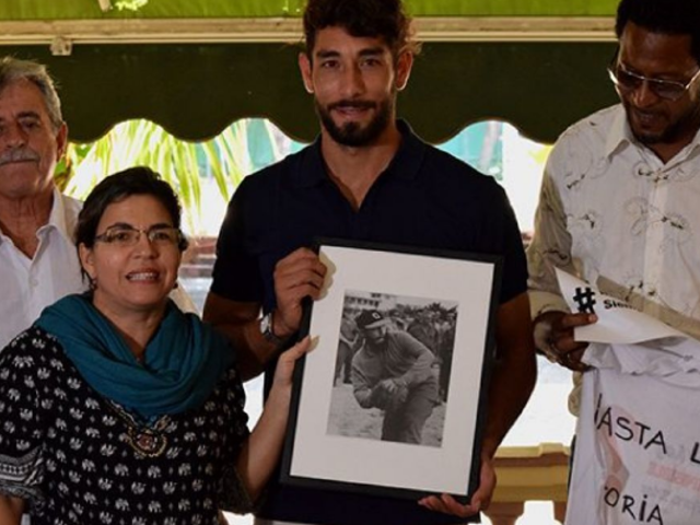Futbolista peruano Juan Cominges fue homenajeado en Cuba