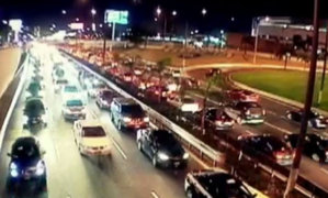 ¿Por qué se registró gran congestión vehicular en avenida Javier Prado?