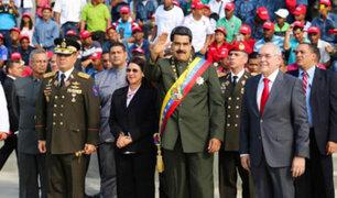 Presidente Maduro fue atacado con piedras y huevos tras desfile militar