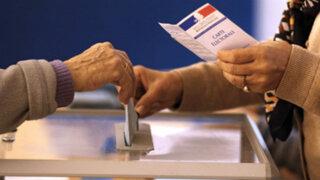 Francia: se acorta distancia entre 4 candidatos a presidencia