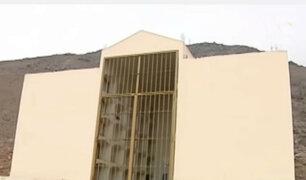 Comas: exhumarán cuerpos de terroristas enterrados en mausoleo