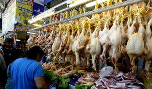Precio del pollo sube en 42% en una semana