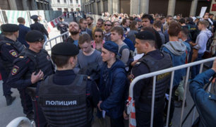 Rusia: decenas de detenidos durante protesta contra Vladimir Putin