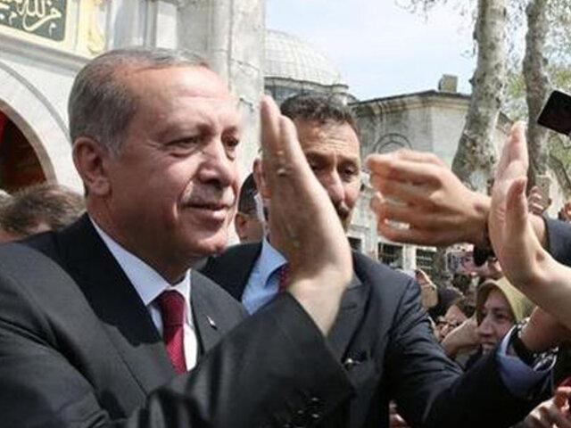 Turquía: Erdogan celebra victoria, mientras oposición pide anulación