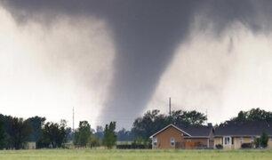 EEUU: pareja atraviesa tornado y se salva de milagro