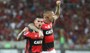 Flamengo venció 2-0 a Santos con gran actuación de Paolo Guerrero