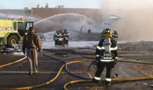 EEUU: avioneta se estrella contra edificio y deja dos personas muertas