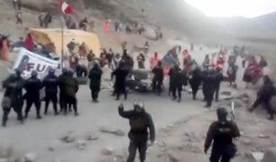 Arequipa: se registraron enfrentamientos entre policías y manifestantes en Caylloma