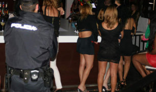 Policías borrachos exigen bajo amenazas sexo gratis en prostíbulo